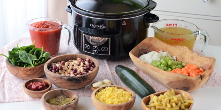 Minestrone la Slow Cooker Crock-Pot 4.7L Digital by Teos Kitchen